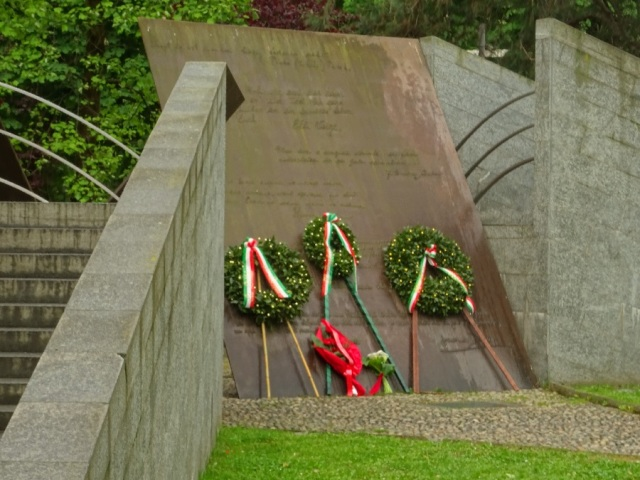 Monument to European Resistance 1