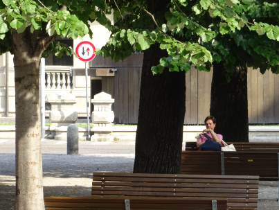 Piazza Roma - benches not cars