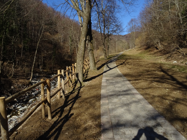 Muro di Sormano walk river