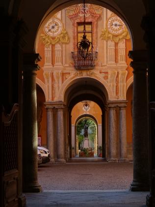 courtyard 13