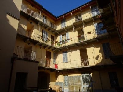 courtyard 6