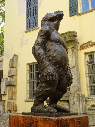 Public statues - 'Original Sin'