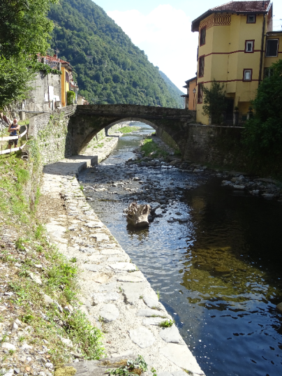 Ancient bridge Argegno