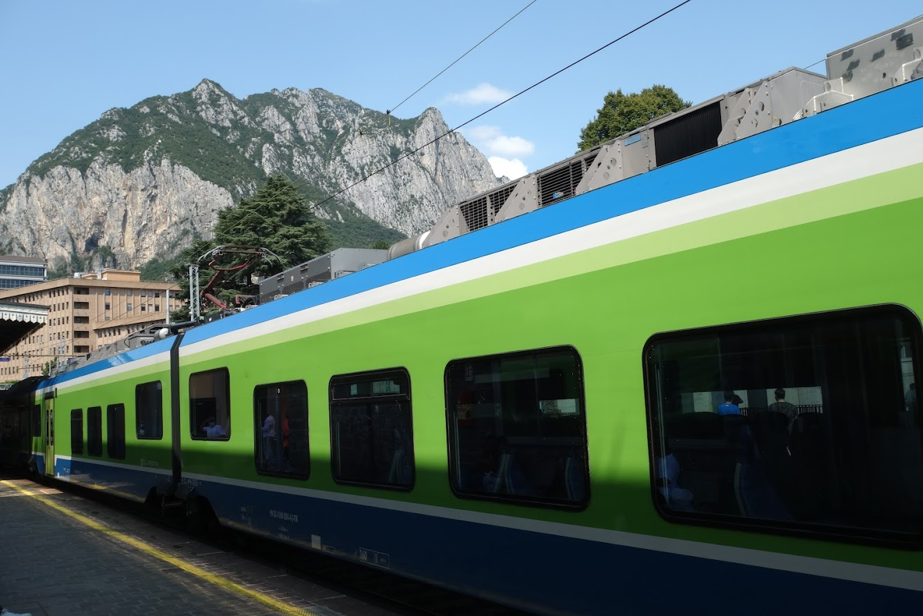 Setting out from Lecco